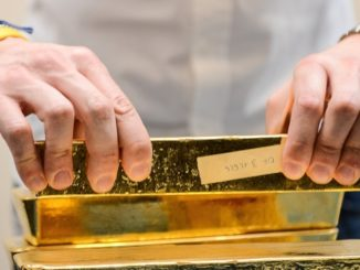 Metals Stocks: Gold churns below key $1,300 line ahead of consumer inflation snapshot